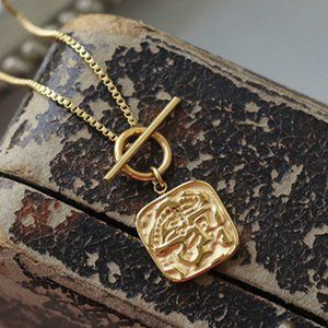 18K Gold Plated Circle Bar Square Pendant Necklace